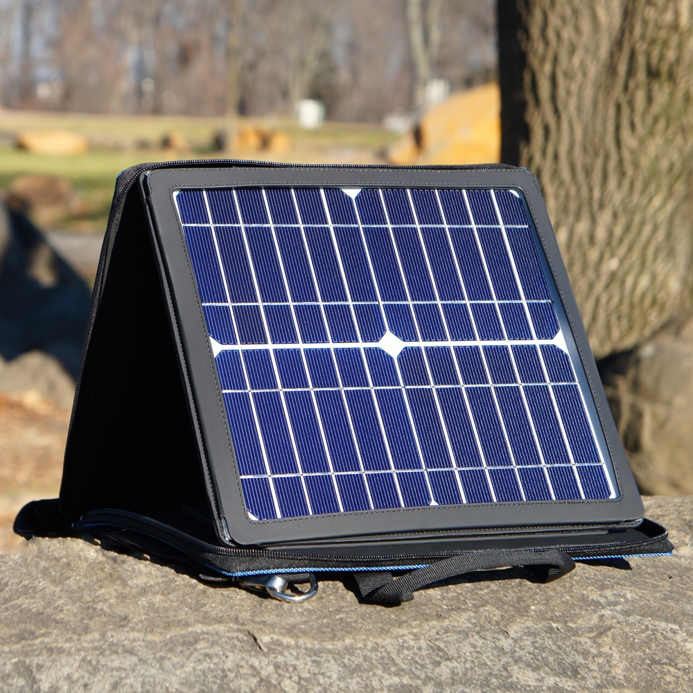 10W Monocrystalline Solar Panel with Portable Carrying Case / Stand